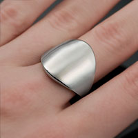 Polished Steel Streamline Engraved Rings inset 1