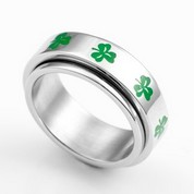 Shamrock Spinner Engraved Rings