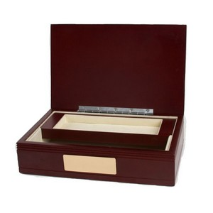 Engraved Marron Wooden Valet Box for Gentlemen
