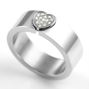 Heart with Crystals 7mm Stainless Steel Ring Size 6